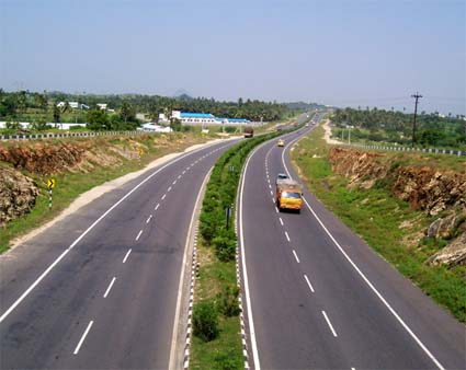 Safety-audit-of-roads-to-be-conducted-in-Kerala